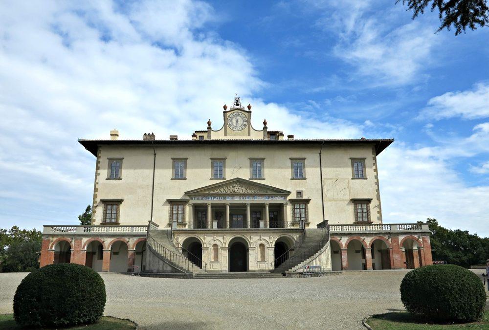 Villa Medicea Poggio a Caiano. Appartamento il Magnifico, residenza per soggiorni e vacanze.